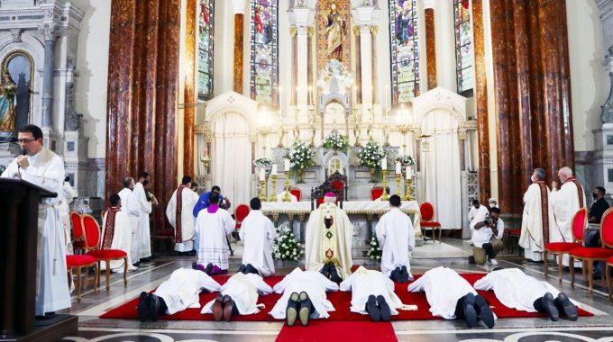 Seis Novos Padres Integram A Família Salesiana